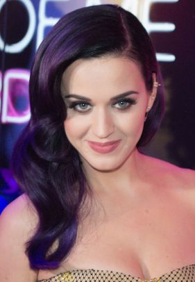 Katy_Perry_-_Part_Of_Me_Australian_Premiere_-_June_2012_(3)_(headshot)
