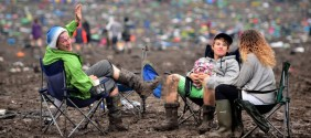 glastonbury-mud-1024x454